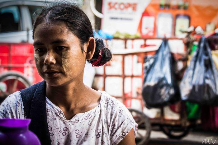 Garbage collectors in Bo Moe Street, Yangon, Myanmar, (18_2) photo by Maro Verli